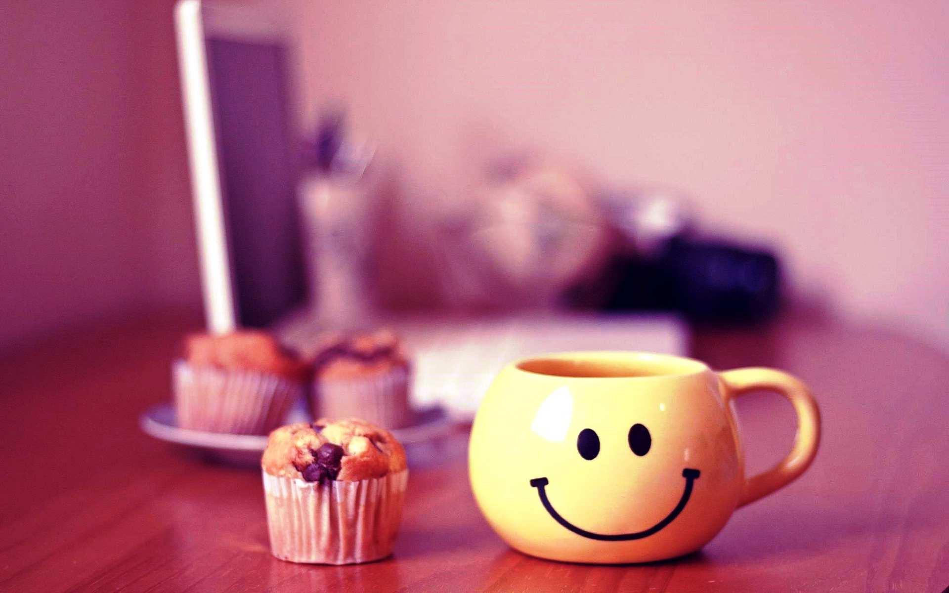 Hình nền máy tính HD chào buổi sáng với một cốc trà dễ thương