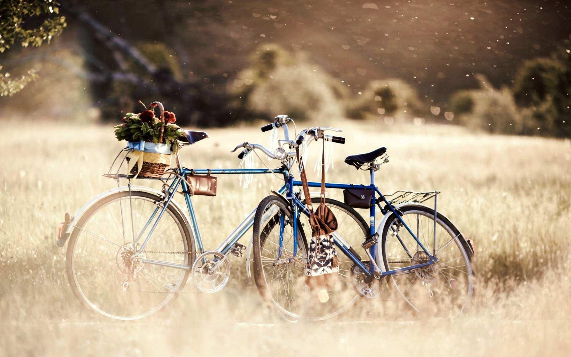 Hình nền máy tính HD xe đạp tình yêu cực đẹp