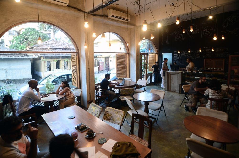 Chia sẻ kinh nghiệm A-Z khi bắt đầu kinh doanh quán cà phê