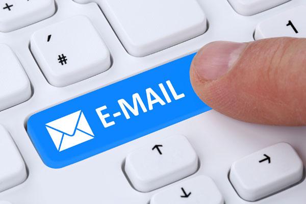 phần mềm quét email facebook