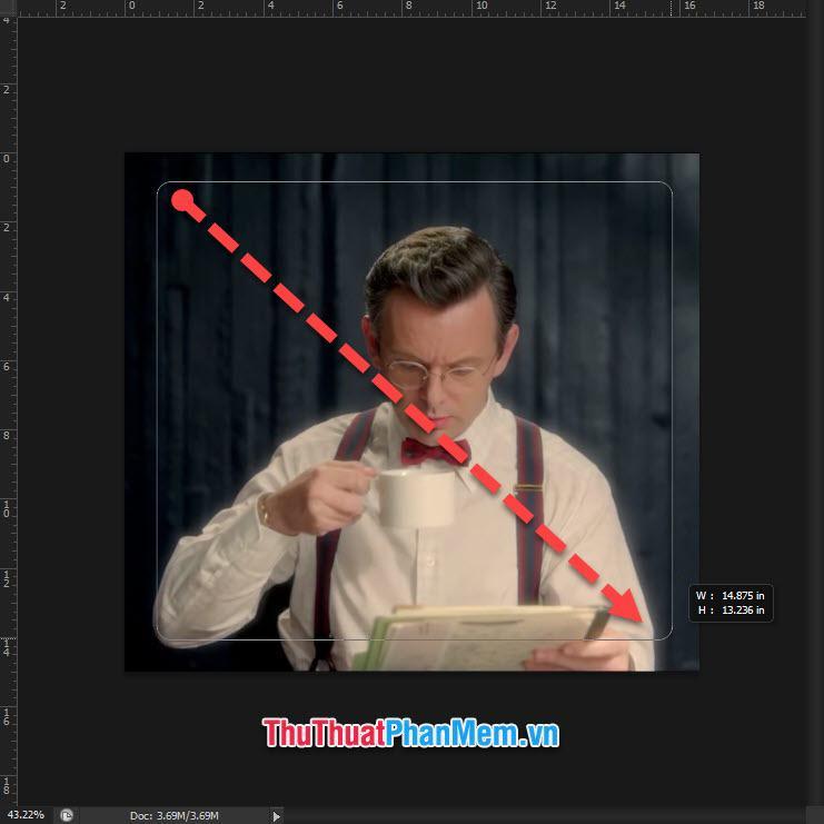Sử dụng chuột để kéo hình tạo đường khung viền