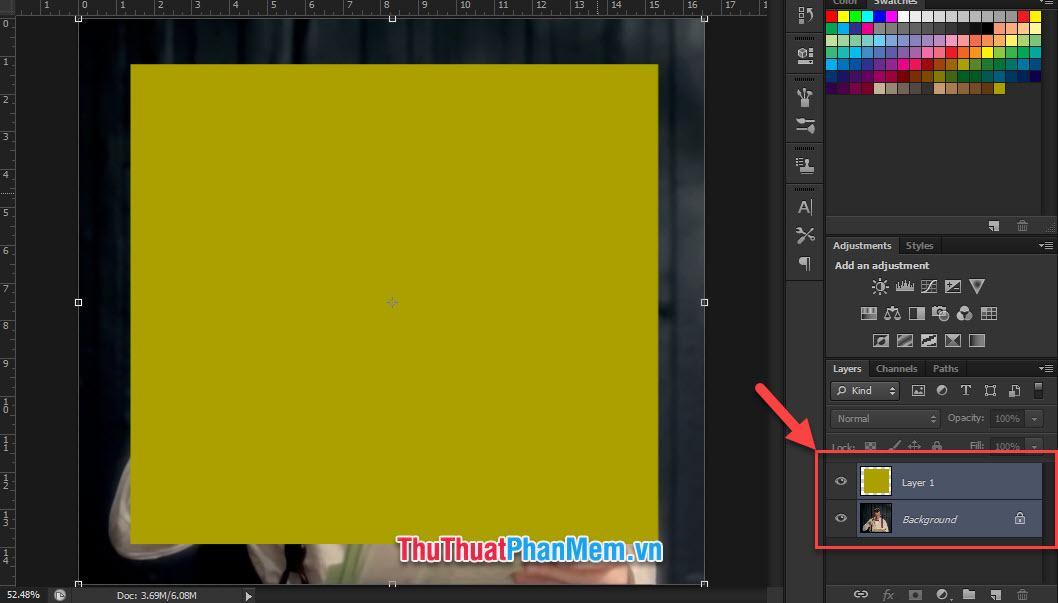 Bôi đen cả 2 layer bằng cách giữ phím Ctrl và chọn hai layer
